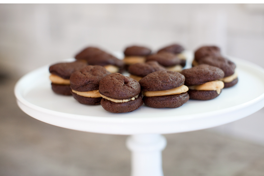 Mini Peanut Butter And Chocolate Buttercream Cookie Sandwiches Recipe ...