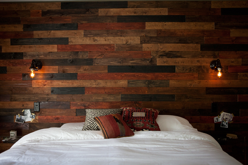 Wooden Plank Wall ~ Wood plank wall diy