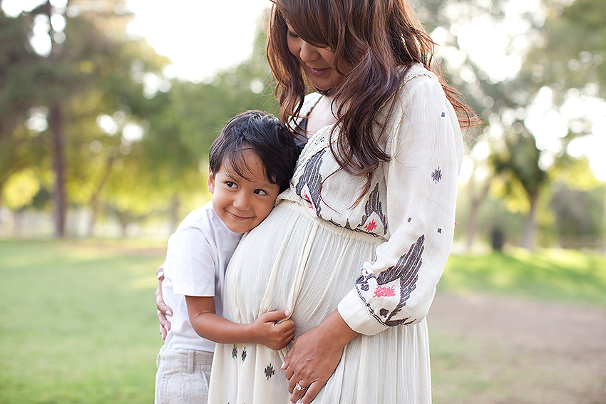 mother and child maternity, Costa Mesa Maternity Photography