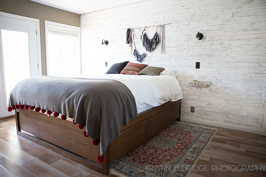 White Wood Wall : distressed white wood wall DIY - Kristin Eldridge
