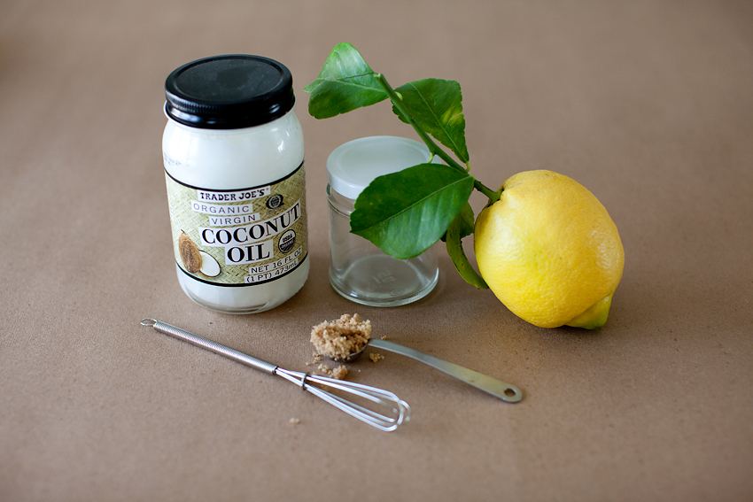 coconut-body-scrub-1