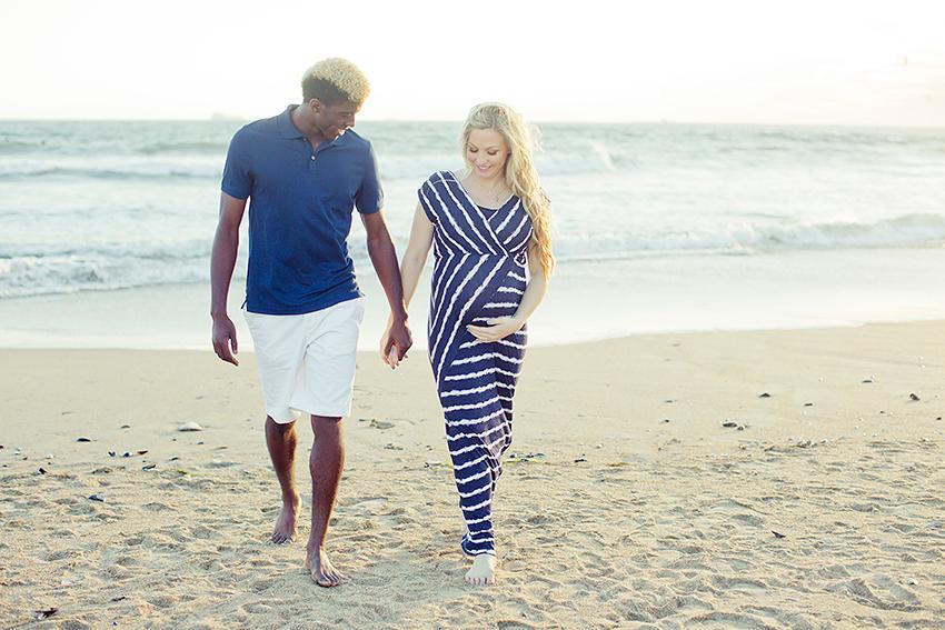 Seal Beach maternity photographer, beach maternity photo sessions, maternity sessions on the beach
