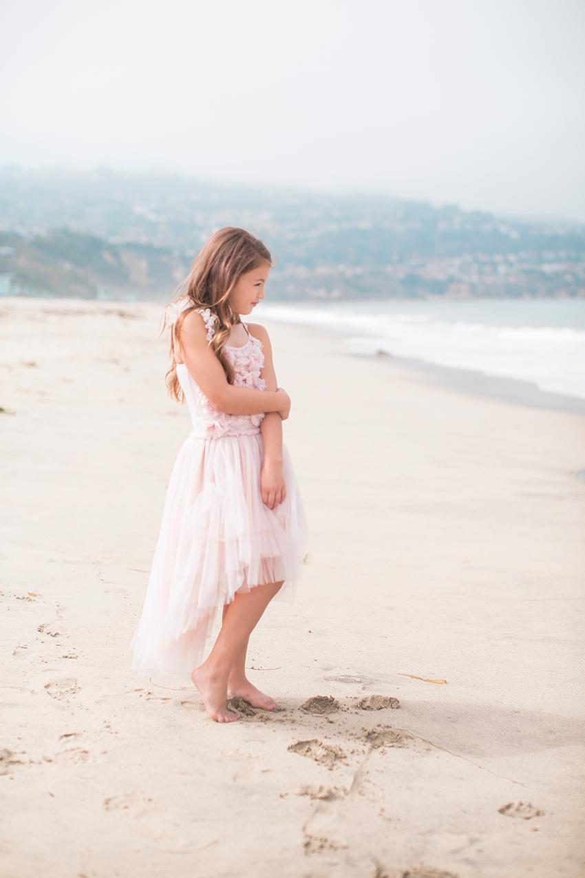Manhattan Beach Photographer- girl at the beach