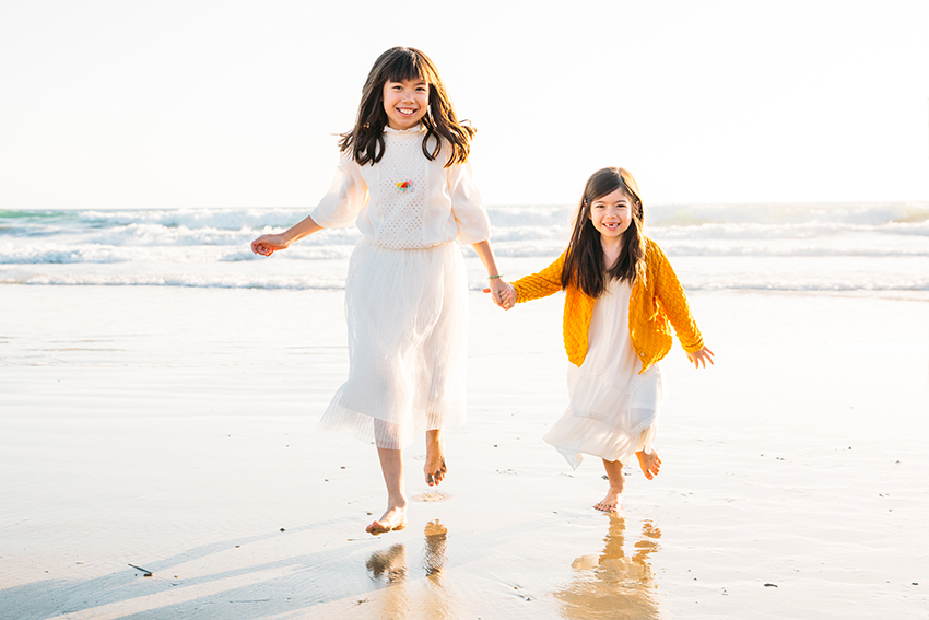 What to Wear for Outfits for Family Photos at the Beach