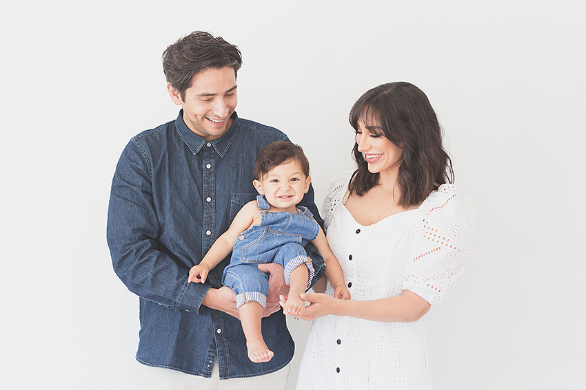 studio family portraits with toddler